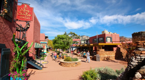 Here Are 6 Of The Most Beautiful, Charming Small Towns In Arizona