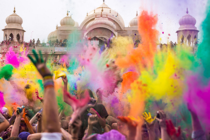 4) The Largest Hindu Color Festival in the World is in Utah