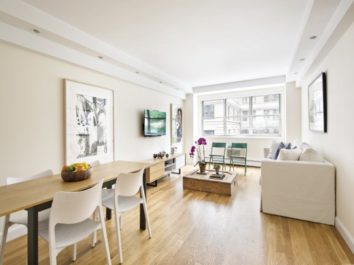 3. If you happen to own a money tree, you could buy this 1 bed, 1 bath apartment for $1.5 million right by Central Park.