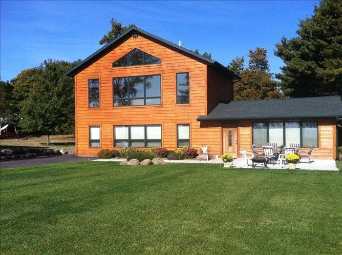 9. House of Dreams on Mille Lacs Lake.