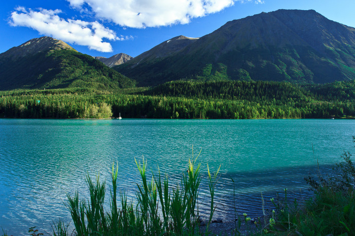 These 10 Gorgeous Lakes In Alaska Are Demanding Your Attention