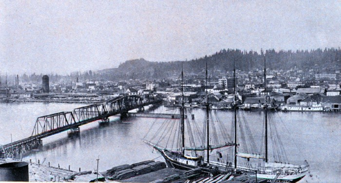 10. The waterfront in Aberdeen in 1912 by the Chehalis River.