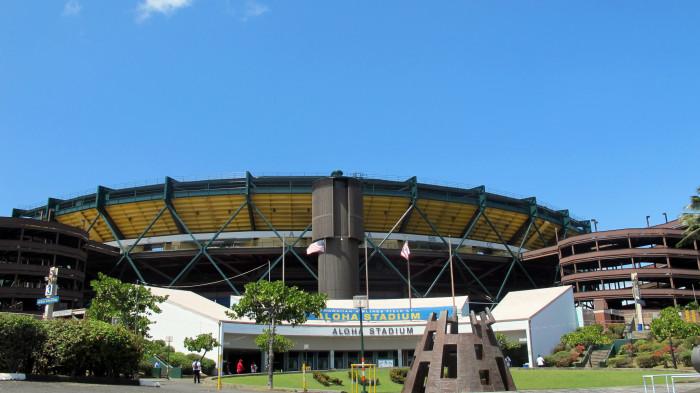 1) Aloha Stadium Swap Meet