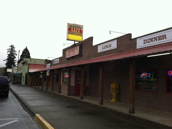 11) Arlene's Cafe General Store and Sports Bar, Elkton