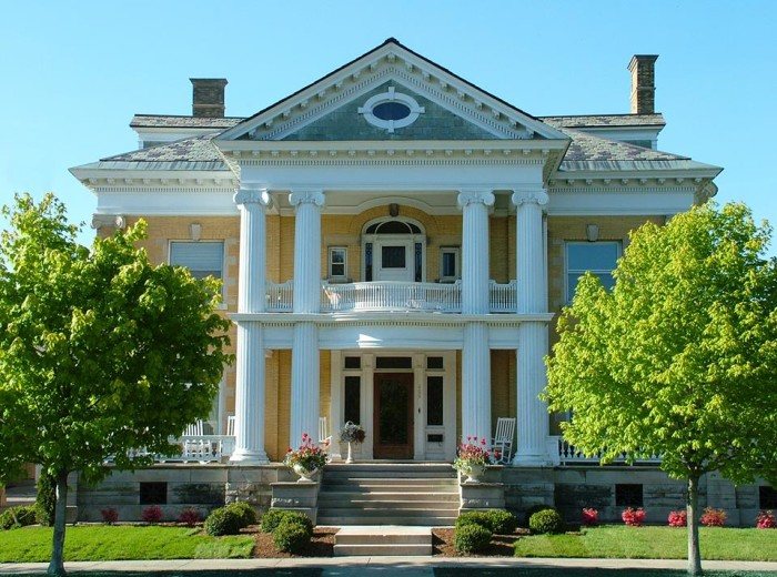 9) Cartier Mansion, Ludington