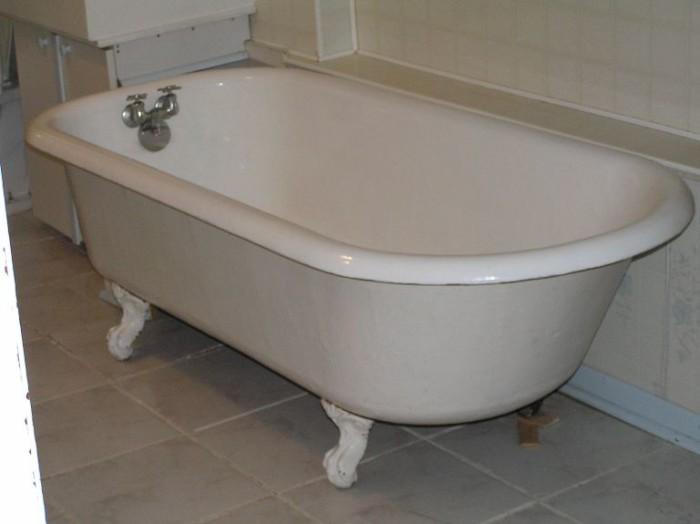 2) Enamel Tub
