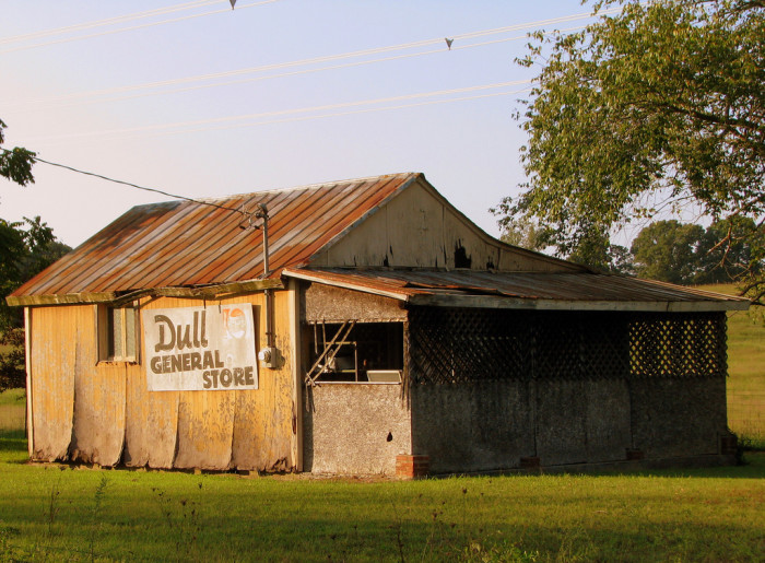 9) Dull General Store - Dull