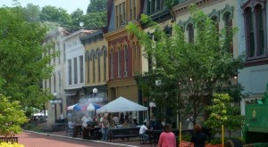 10 Historic Towns In Kentucky That Will Transport You To The Past