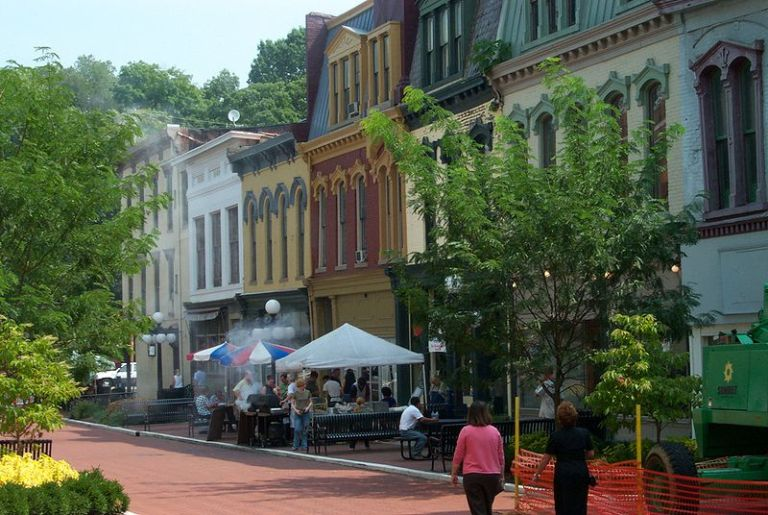 10 Historic Towns In Kentucky Where You Step Back In Time