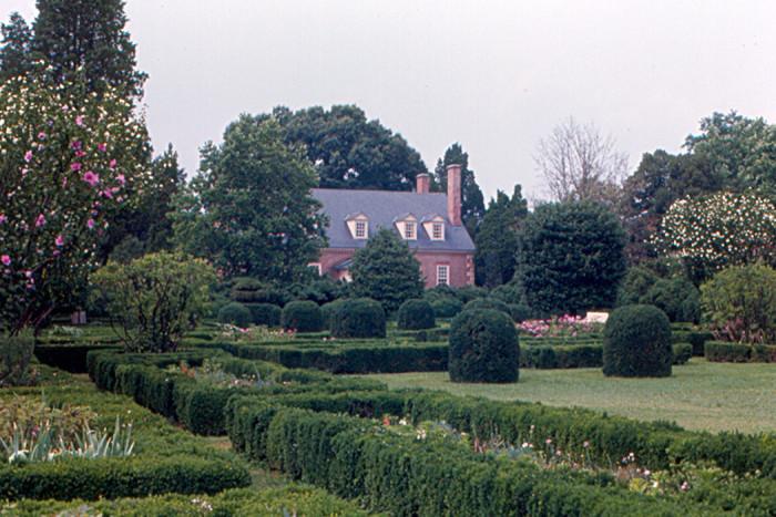 5. Gunston Hall Gardens and Manor House
