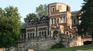 12 Creepy Houses in Missouri That Could Be Haunted