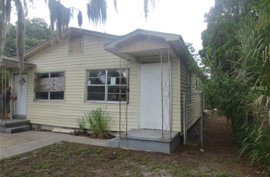 8. This 2 bedroom, 2 bathroom in St. Petersburg is close to everything you could need. It's being sold as is for $8,500 and could possibly make a good investment property.