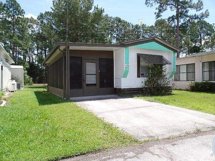 6. This lovely 1 bedroom, 2 bathroom home is available for only $8,900.