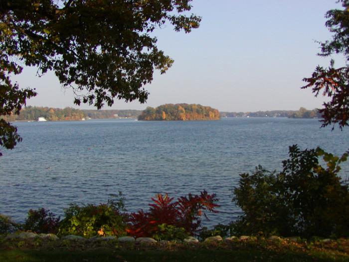 4) Lake Angelus