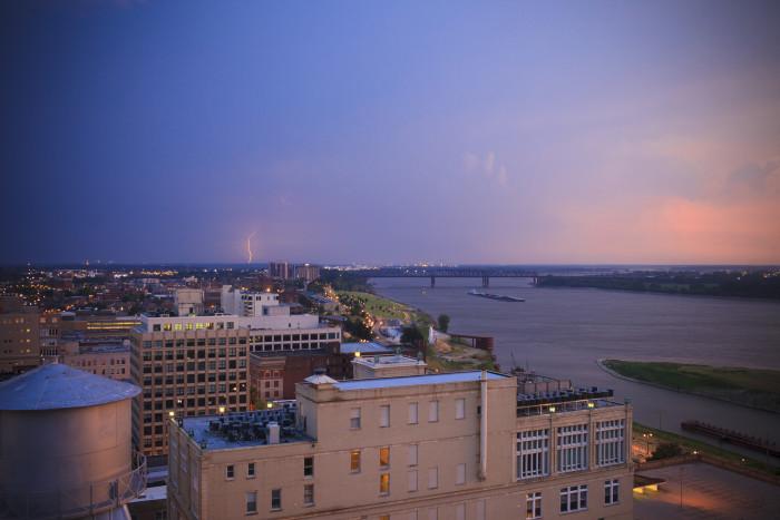 5) Memphis lightning