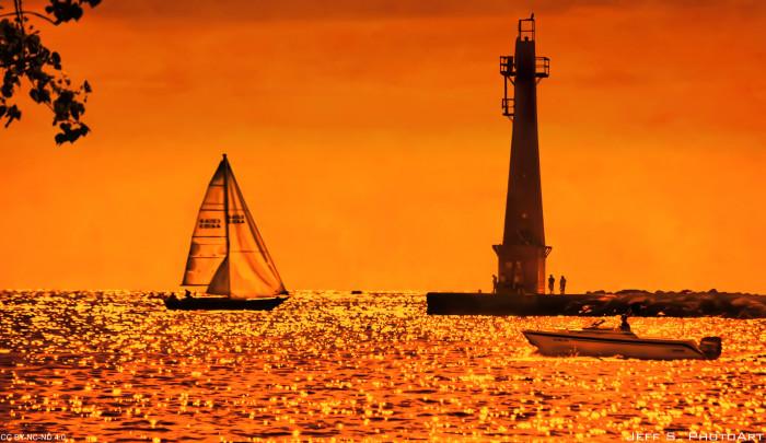 7) Muskegon South Pierhead Light