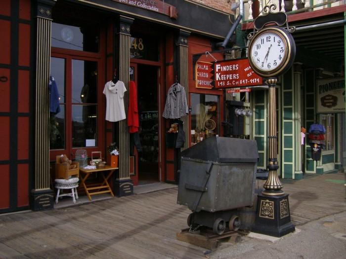10 Amazing Antique Shops In Nevada
