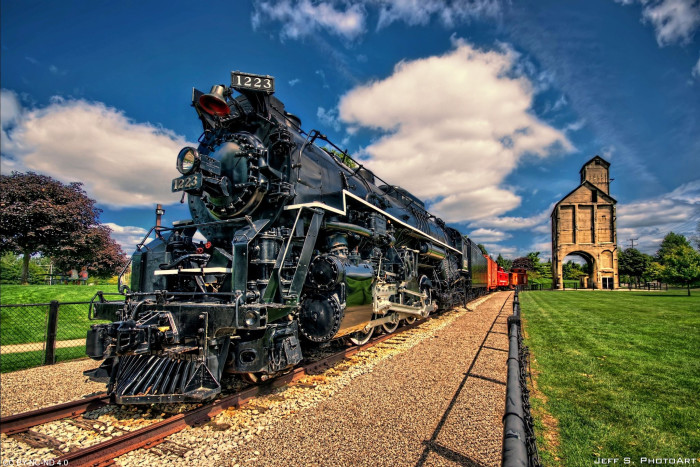 5) Pere Marquette 1223 Locomotive with Coal Tower