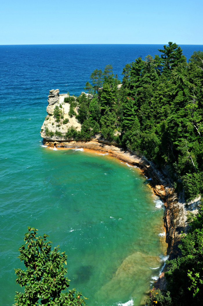 4) Pictured Rocks National Lakeshore