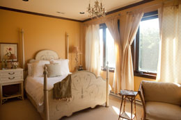 Pinot-Grigio-Suite-Banner-Elk-Winery-Villa