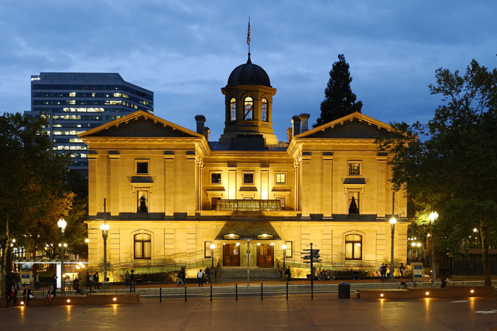 2) Pioneer Courthouse Square, Portland