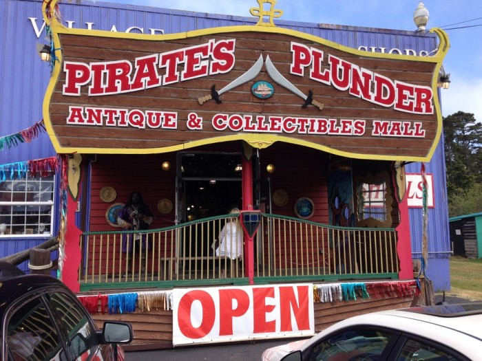 6) Pirate's Plunder Antiques & Collectibles Mall, Newport