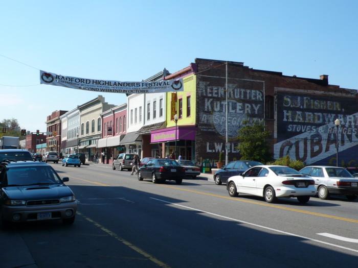 4. Radford: median household income $30,714