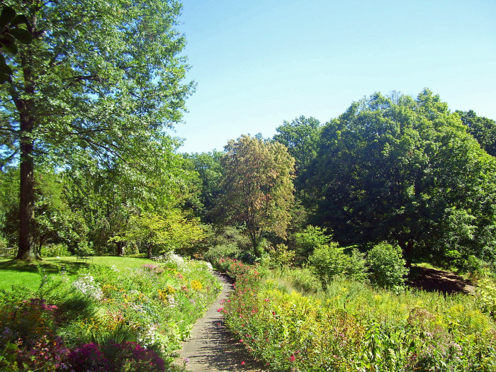8. Reeves-Reed Arboretum, Summit