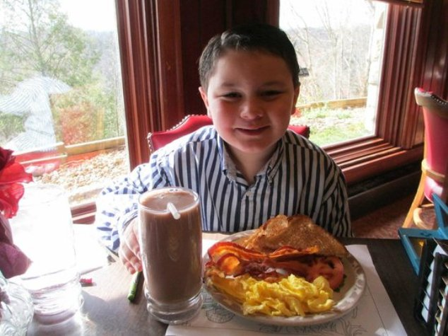 6) Food at Riverview in Corbin