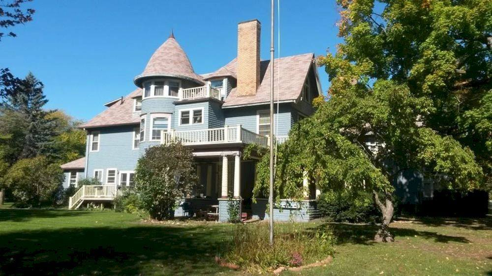 Memphis Michigan Bed And Breakfast