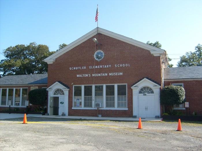 Schuyler Walton's Mountain Museum