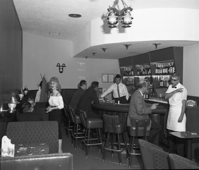13. Seattle's Alpine Self-Serve Restaurant, September 1960.