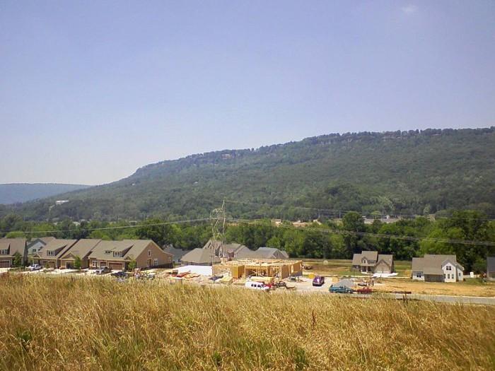 3) Signal Mountain