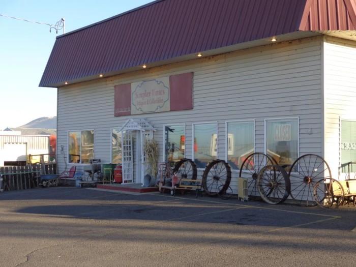 4) Simpler Times Antiques, Klamath Falls