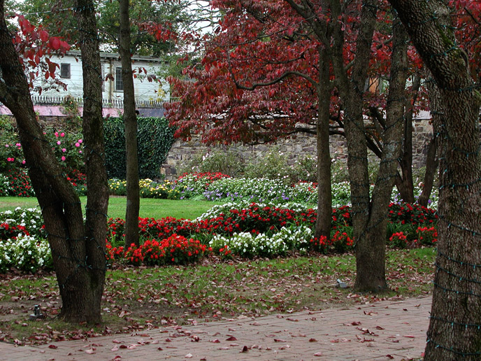 10. Smithville Mansion Courtyard Gardens, Easthampton