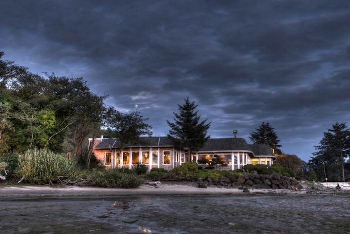 1) The Bay House, Lincoln City
