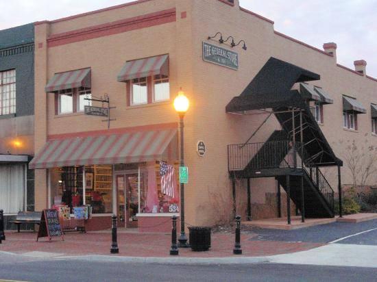 8. The General Store, Alta Vista