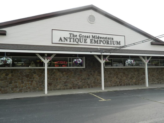 3) The Great Midwestern Antique Emporium, Waterford