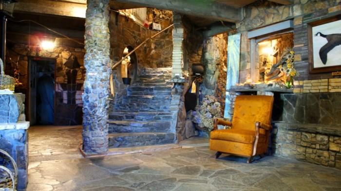2) The Living Rock Studios, Brownsville