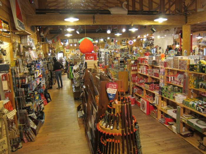The WIlliamsburg General Store inside