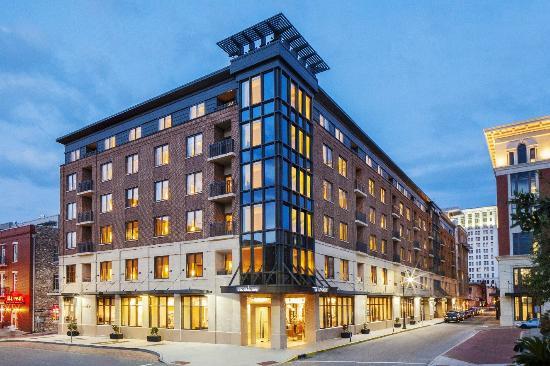 6) Andaz Savannah: Savannah Hotel- 14 Barnard St, Savannah, GA 31401
