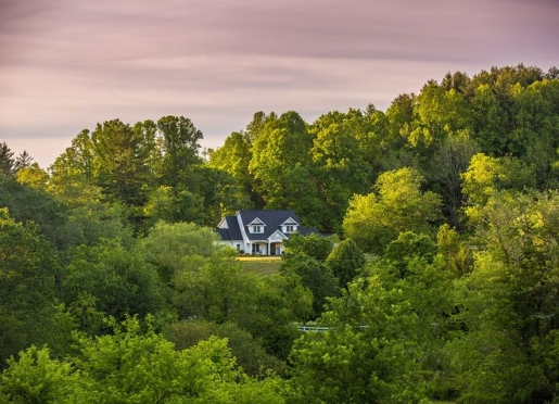 4. Bed and Breakfast on Tiffany Hill, Mills River