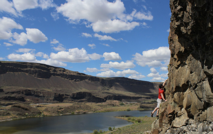 9. Bouldering by Lake Lenore.