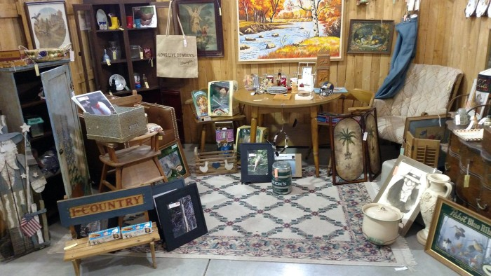 Finders Keepers Antique Mall & Coffee Shoppe, Nebraska City