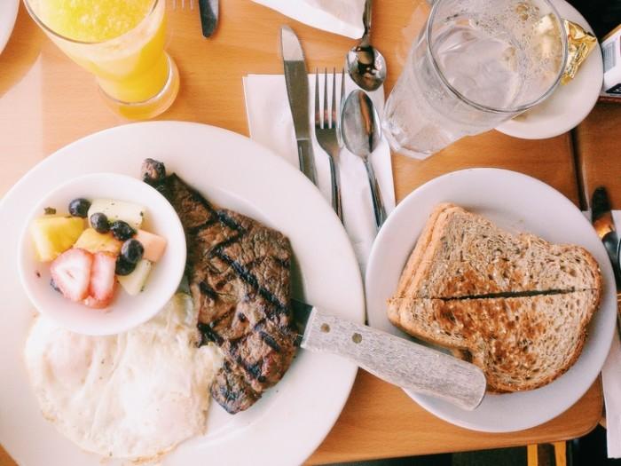 food-plate-toast-restaurant-large