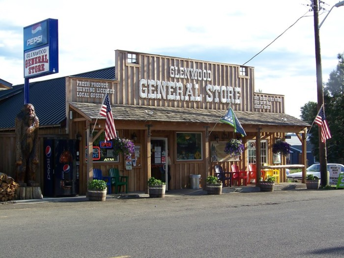 16. Glenwood General Store