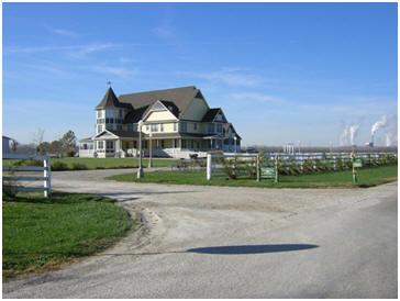 5. Victorian Veranda Country Inn (Lawrence)