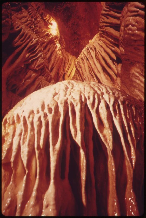 9. Bridal Cave, Camdenton, Lake of the Ozarks State Park