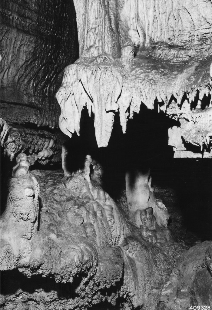10. Onyx Cave, Roaring River State Park