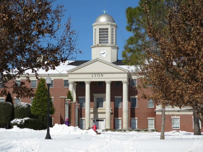 9. Lyon College